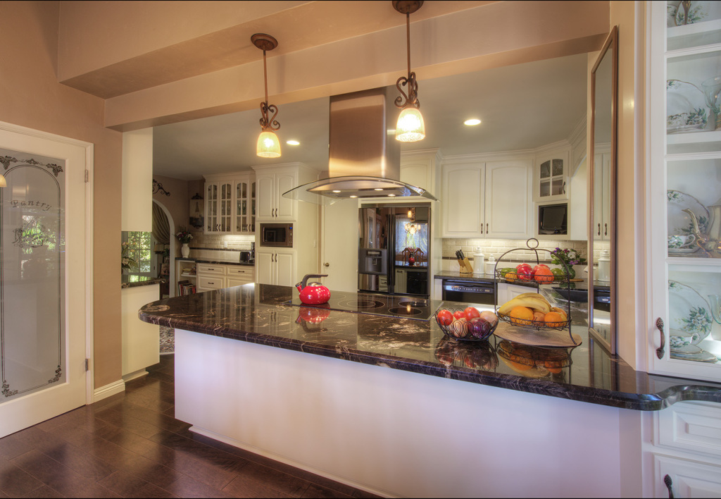 Great Ways For Lighting A Kitchen: 5 Ways To Create Better Ambiance With Lighting